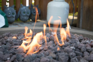 How Does a Propane Gas Fire Pit Work?
